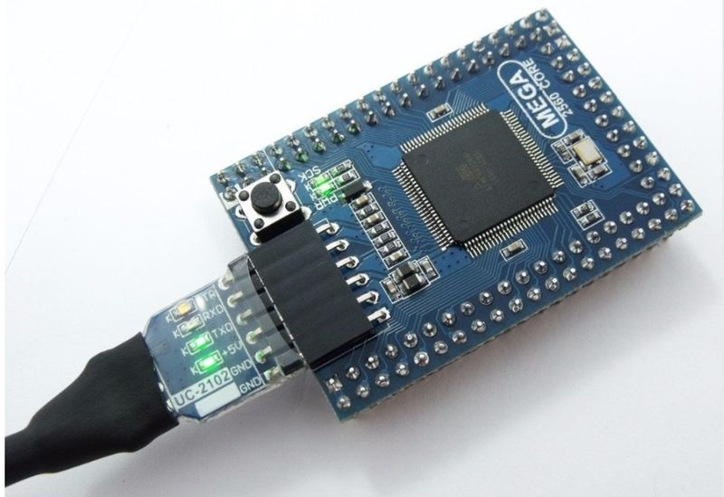 Про контроллер ATmega2560