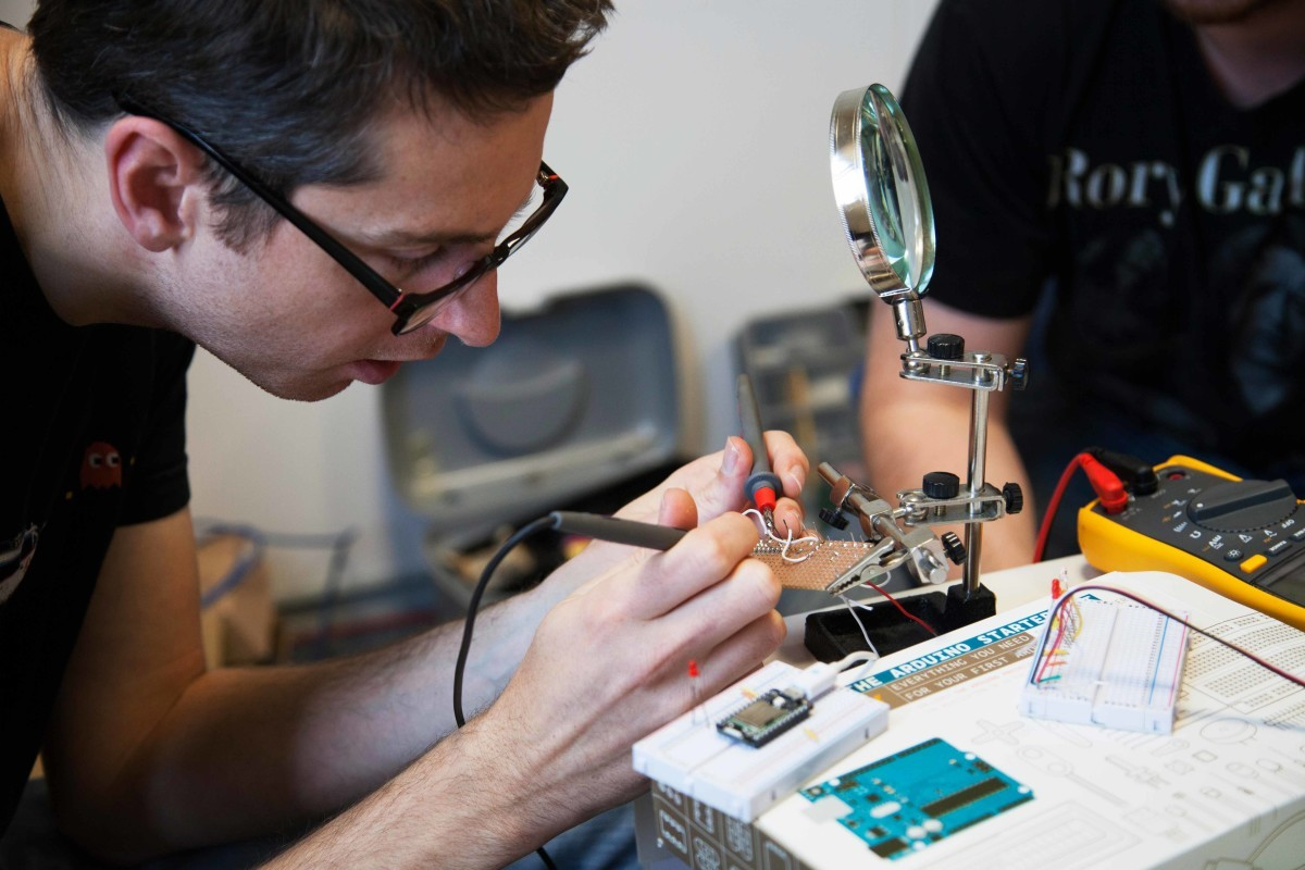 Развитие электроники по закону Мура